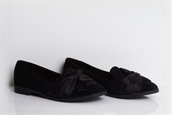 Womens Slip On Low Heel Shoes With Bow Detail Black