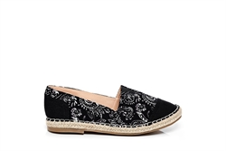 Womens Flat Heel Closed Toe Espadrilles Black
