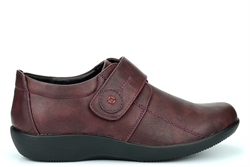 Boulevard Womens Wide Fit Shoes With Touch Fastening Burgundy (EE Fitting)