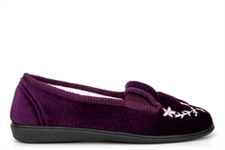 Jyoti Womens Slip On Slippers With Embroidered Flower Detail Burgundy